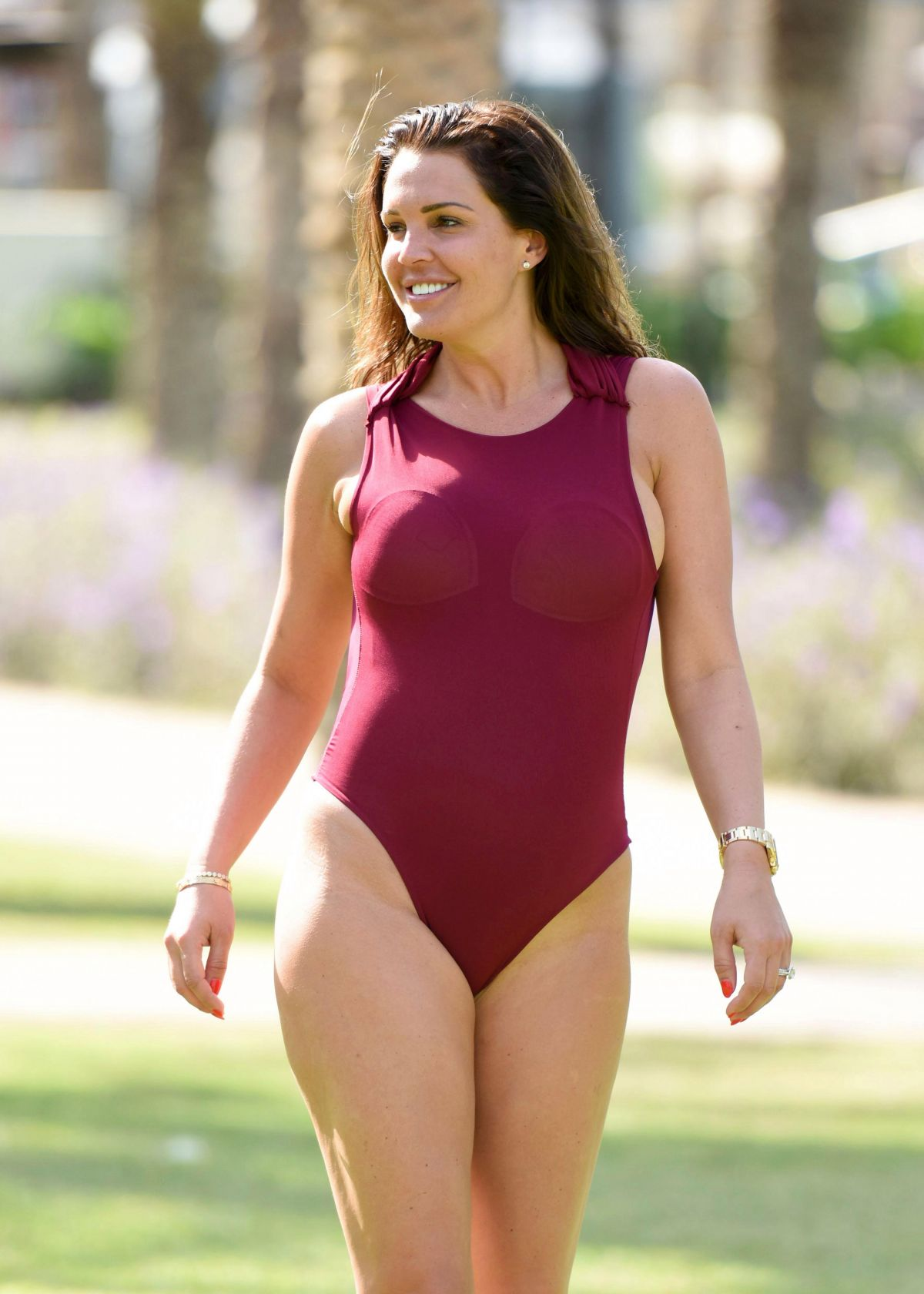 DANIELLE LLOYD in Swimsuit in Dubai 01/02/2017
