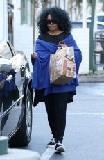 DIANA ROSS Shopping at Bristol Farms in Beverly Hills 01/23/2017
