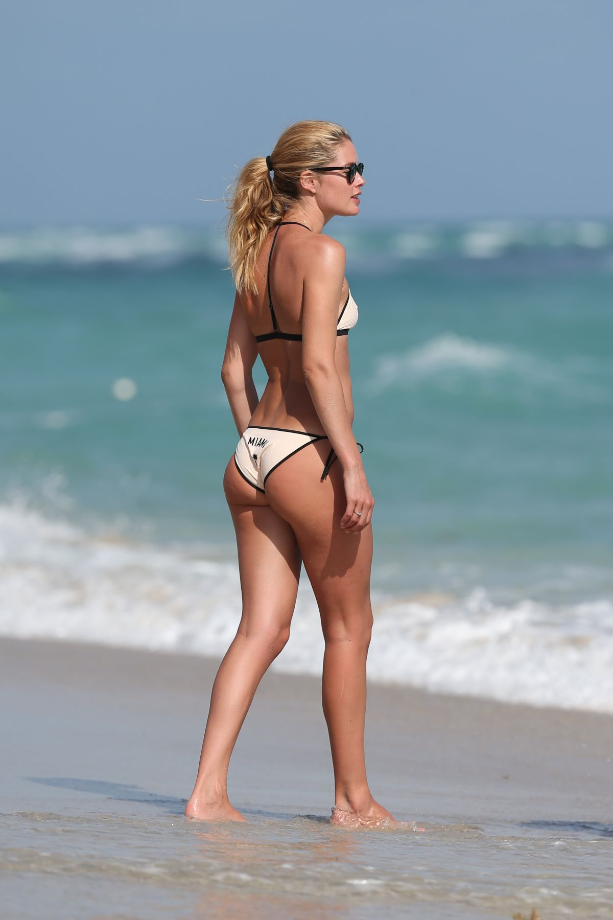 Watch Doutzen kroes in bikini at the beach in ibiza video