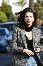 EMILY RATAJKOWSKI Out and About in Los Angeles 01/24/2017
