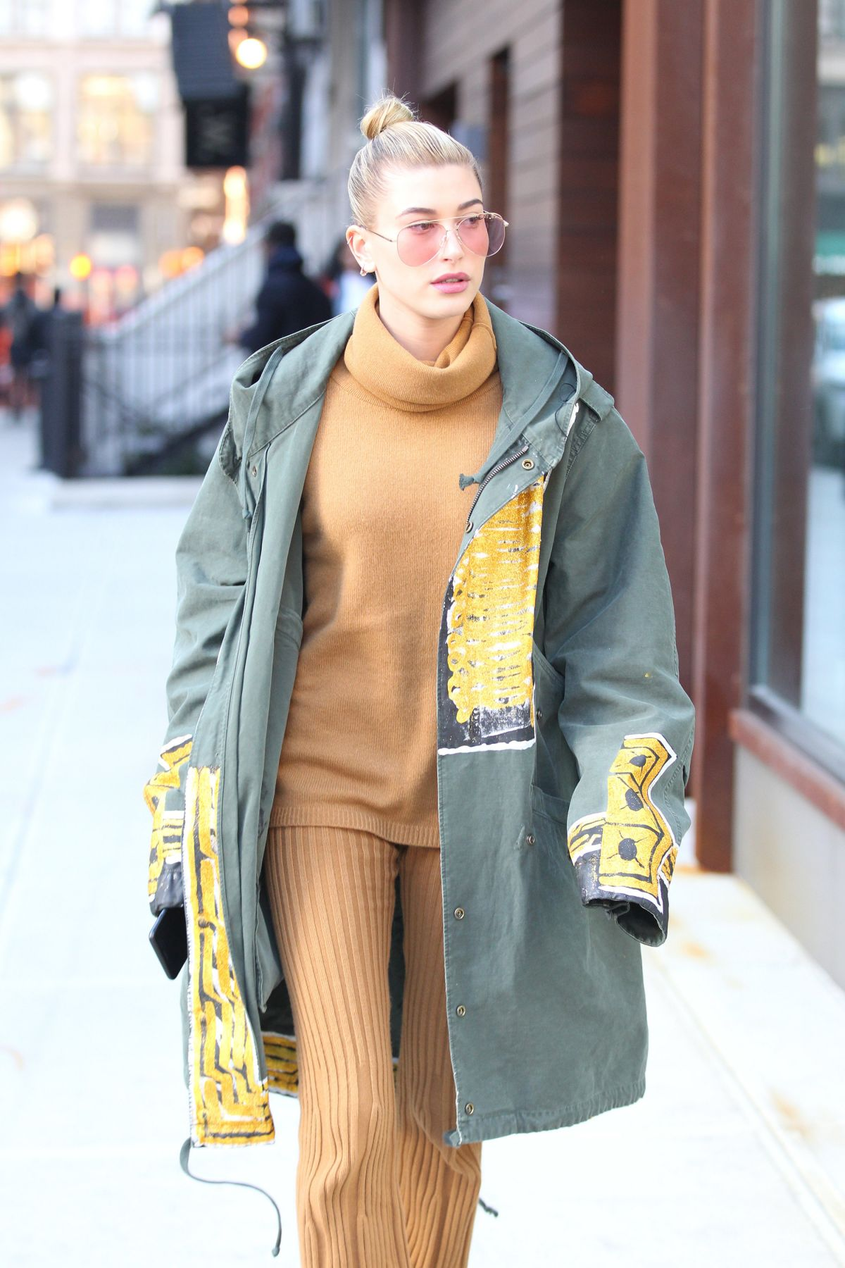 HAILEY BALDWIN Out in New York 01/29/2017