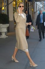 IVANKA TRUMP Leaves Her Apartment in New York 01/13/2017