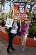 JAMIE LEE CURTIS and JANE FONDA at Women
