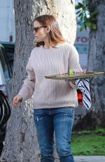 JENNIFER GARNER Out and About in Brentwood 01/06/2017