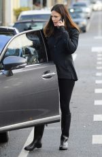 JENNIFER GARNER Out and About in Brentwood 01/11/2017