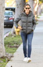 JENNIFER GARNER Out and About in Los Angeles 01/25/2017