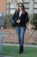 JENNIFER GARNER Out and About in Santa Monica 01/21/2017