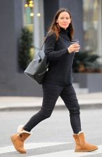 JENNIFER GARNER Out for Coffee in Los Angeles 01/04/2017