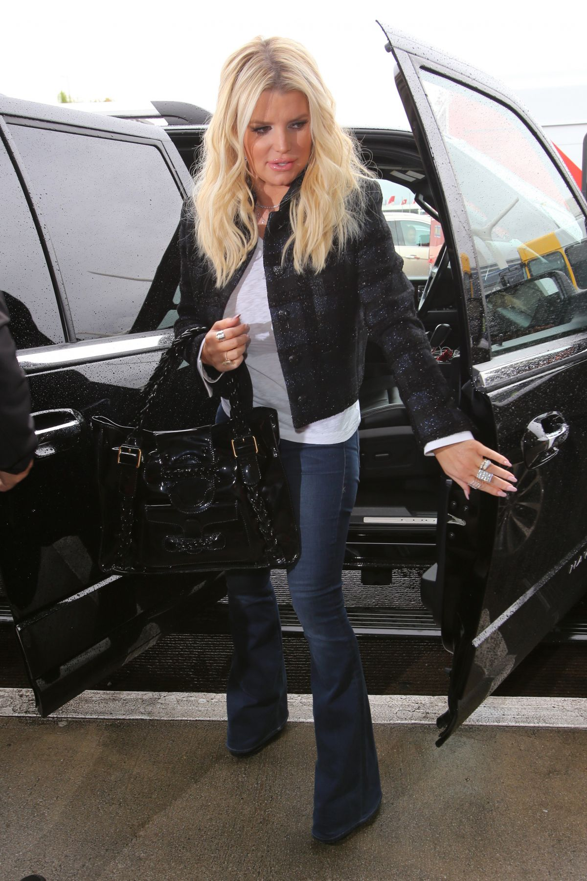 JESSICA SIMPSON at LAX Airport in Los Angeles 01/12/2017