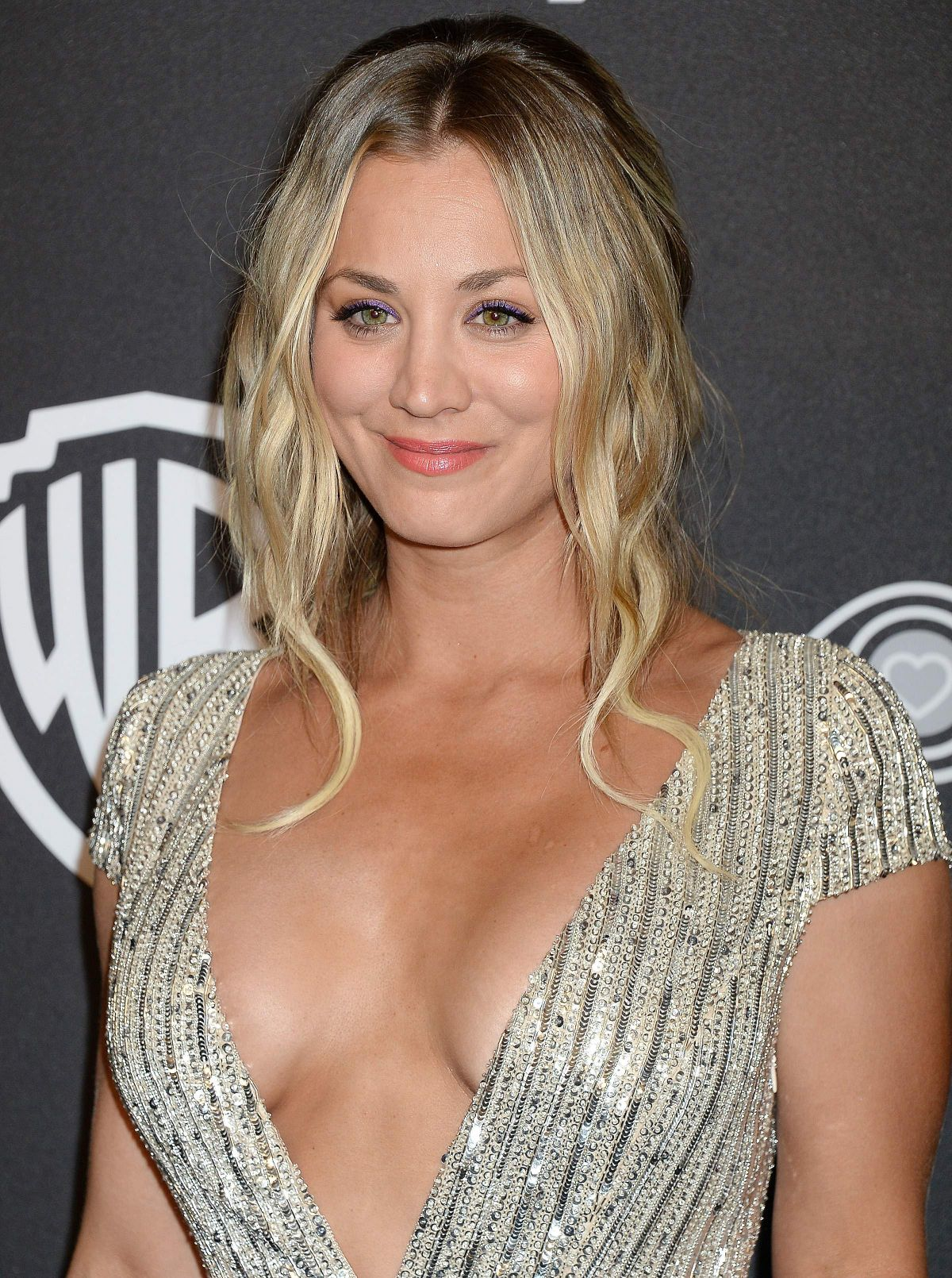Gerne kaley cuoco naked dildo action