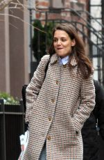 KATIE HOLMES Out and About in New York 01/10/2017