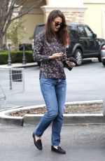 KATIE HOLMES Out for Grocery Shopping in Los Angeles 01/15/2017
