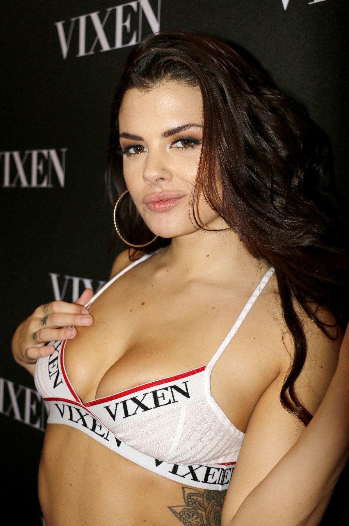 KEISHA GREY at 2017 AVN Adult Entertainment Expo in Las