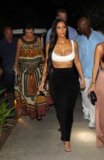 KIM and KOURTNEY KARDASHIAN Out for Dinner in Costa Rica 01/28/2017