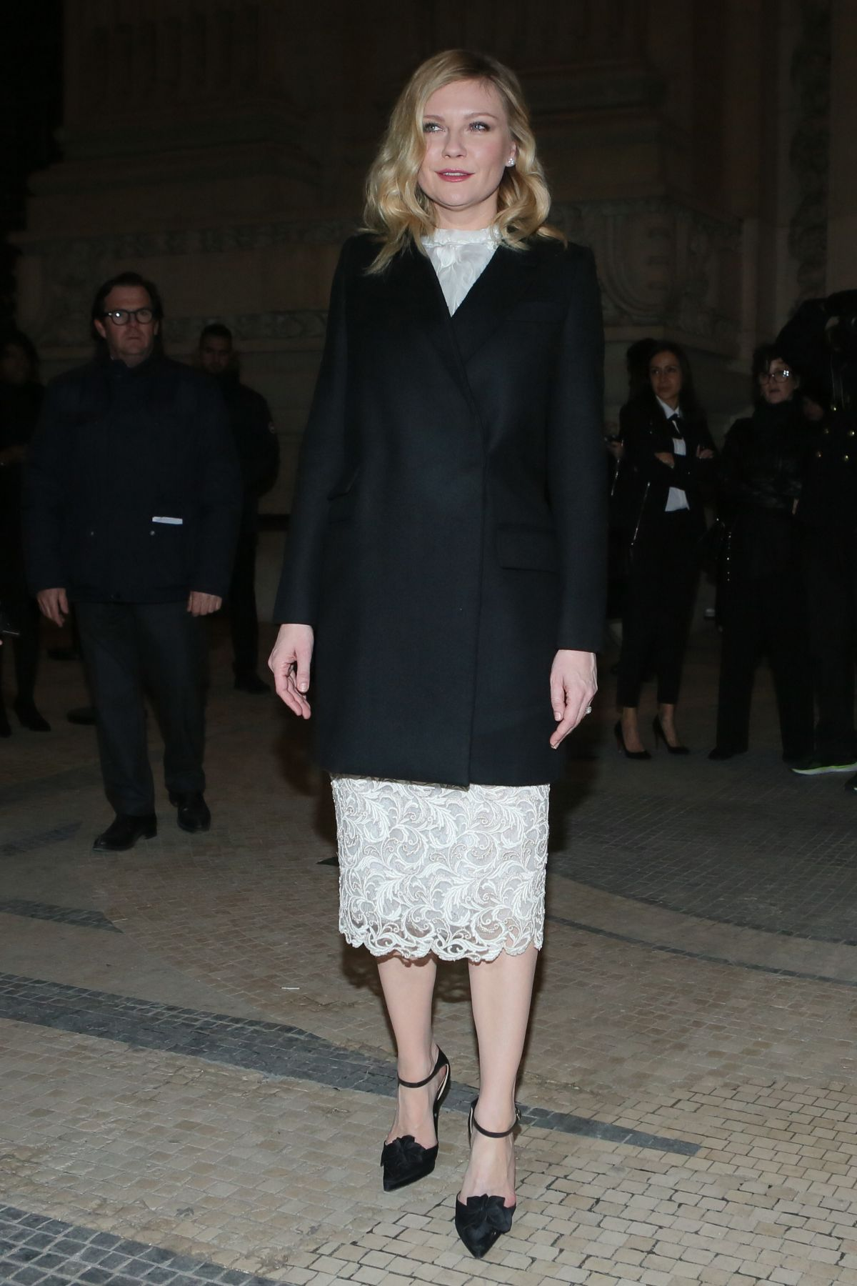 KIRSTEN DUNST Arrives at Ralph & Russo Fashion Show at ...