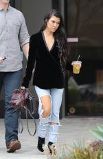 KOURTNEY KARDASHIAN Out and About in Calabasas 01/10/2017