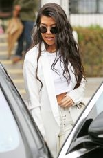 KOURTNEY KARDASHIAN Out for Lunch in Agoura Hills 01/18/2017