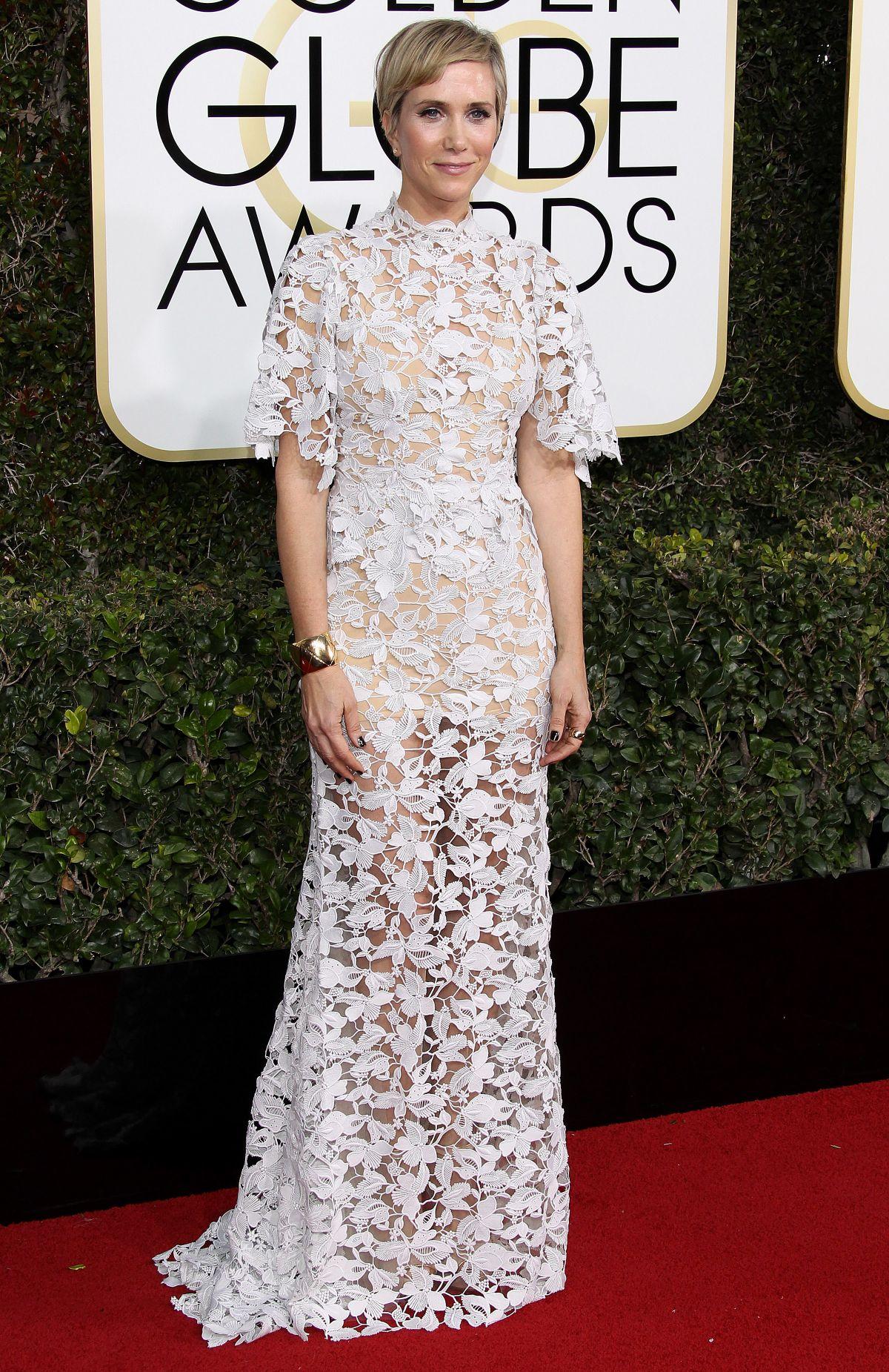 KRISTEN WIIG at 74th Annual Golden Globe Awards in Beverly Hills 01/08/2017