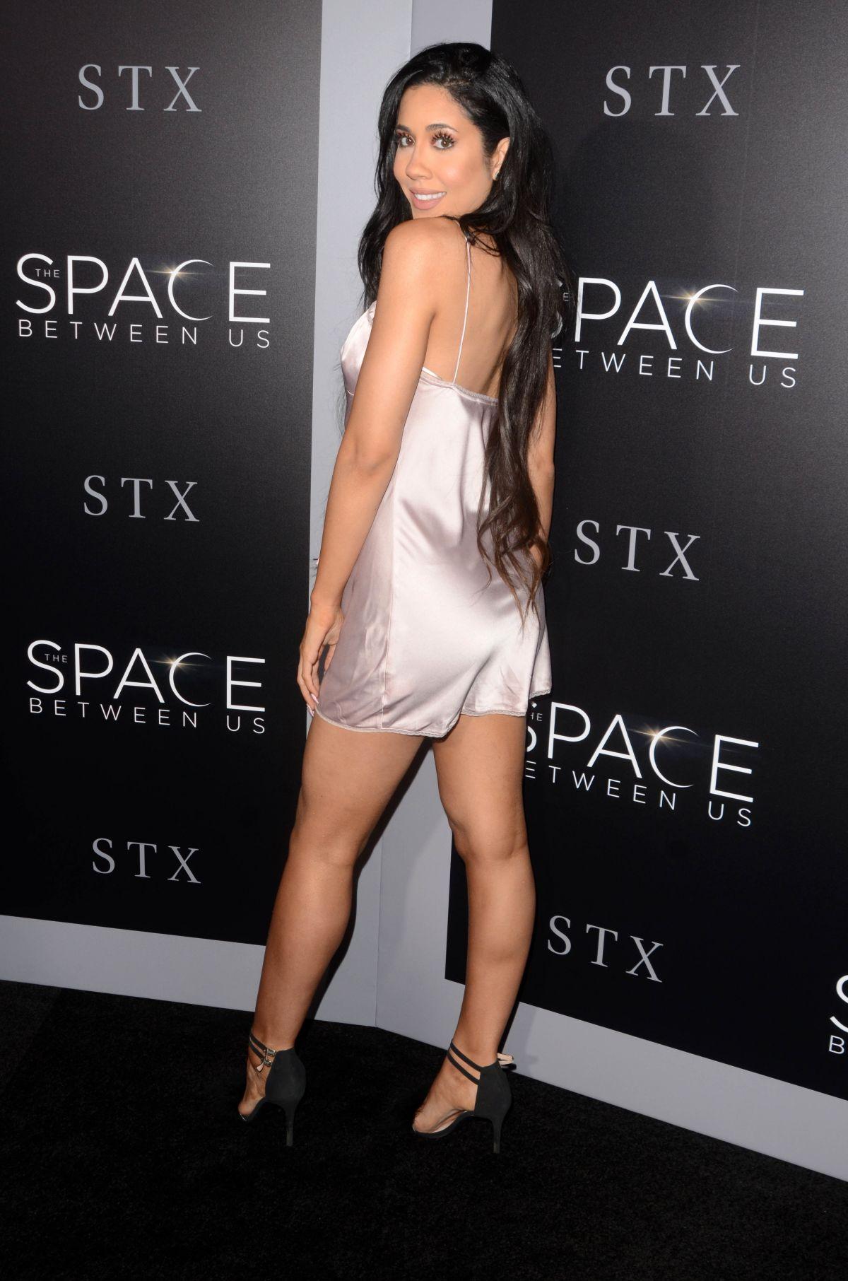 LEXI NOEL at 'The Space Between Us' Premiere in Los Angeles 01/17/2017