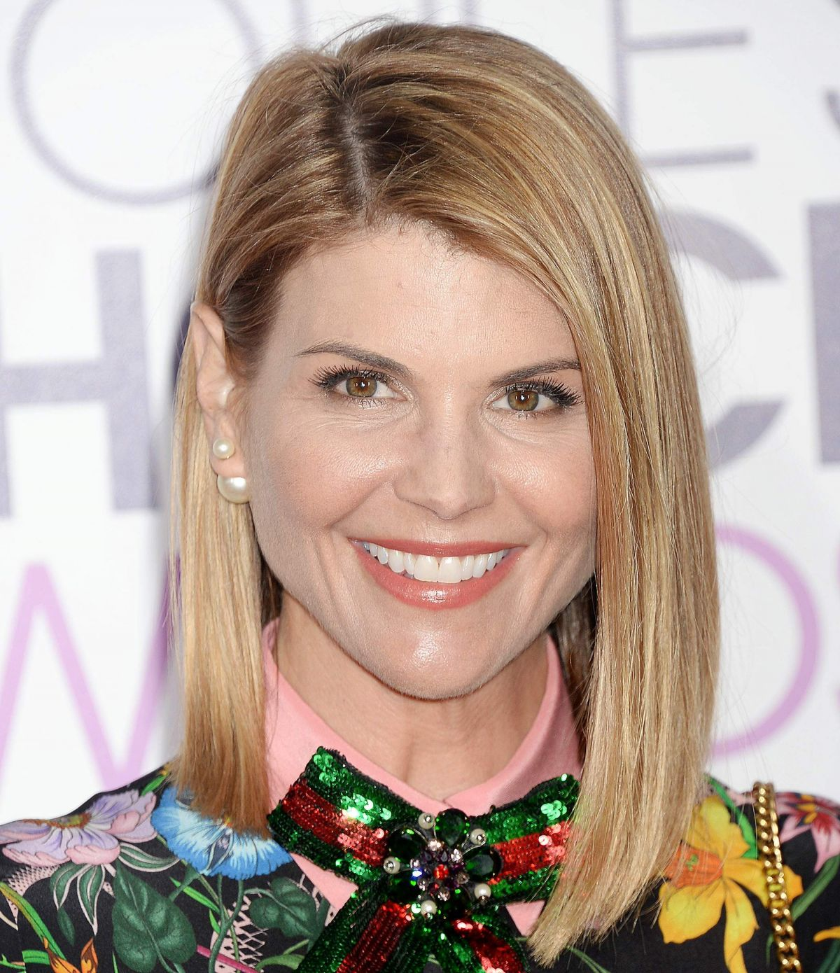 LORI LOUGHLIN at 43rd Annual People's Choice Awards in Los ...