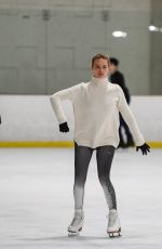MARGOT ROBBIE Skating in Los Angeles After Secret Wedding Ceremony in Australia 01/02/2017