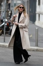 MARTHA HUNT Out and About in Milan 01/12/2017