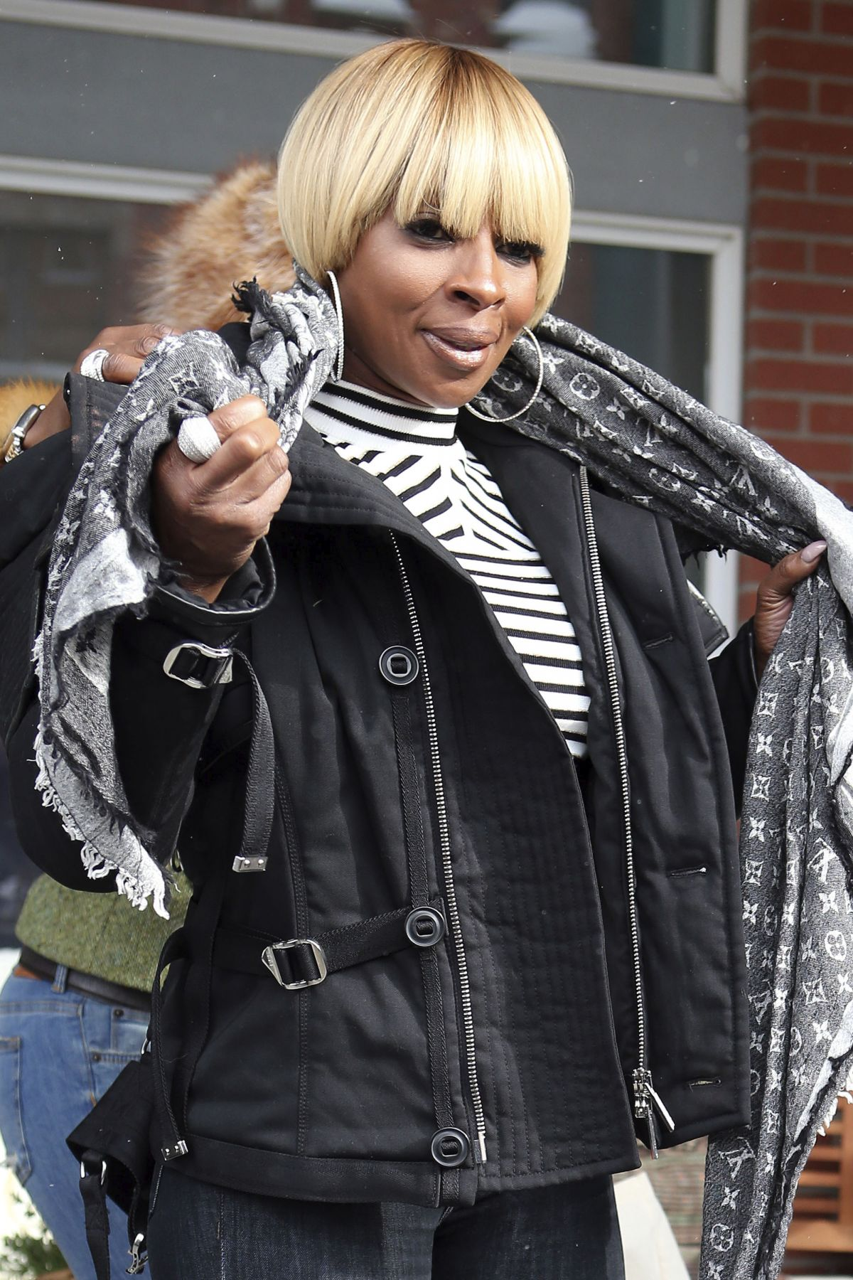 MARY J. BLIGE Out in Park City 01/21/2017