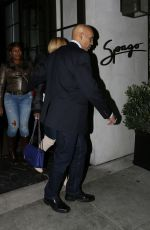 MARY J. BLINGE Out for Dinner in Beverly Hills 01/26/2017