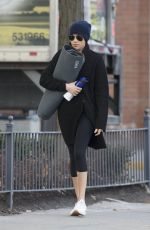 MEGHAN MARKLE Heading to a Yoga Studio in Toronto 01/12/2017