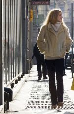 MICHELLE HUNZIKER Out Shopping in Milan 01/08/2017