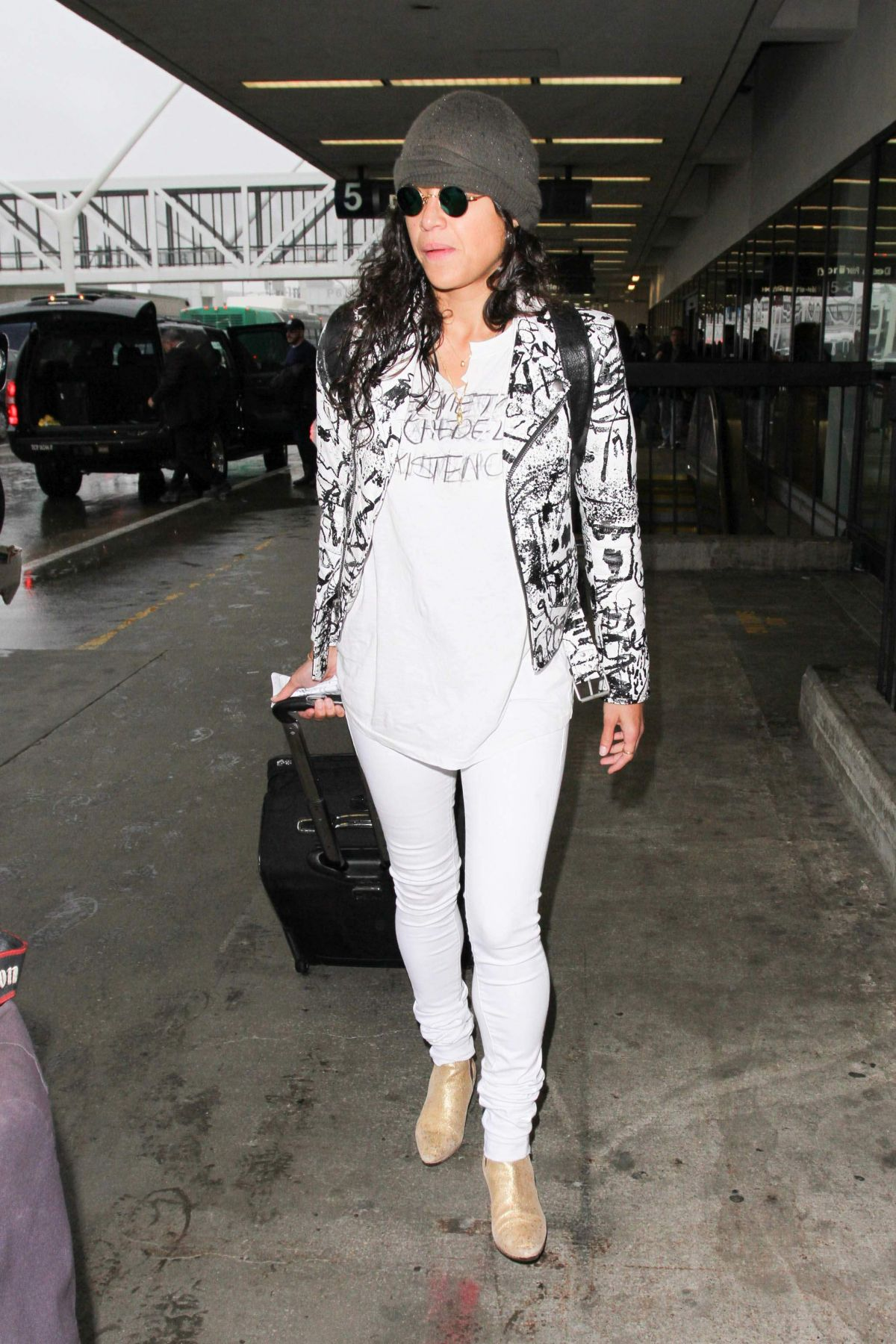 MICHELLE RODRIGUEZ at LAX Airport in Los Angeles 01/20/2017