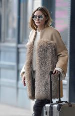OLIVIA PALERMO Leaves Her Apartment in New York 01/21/2017