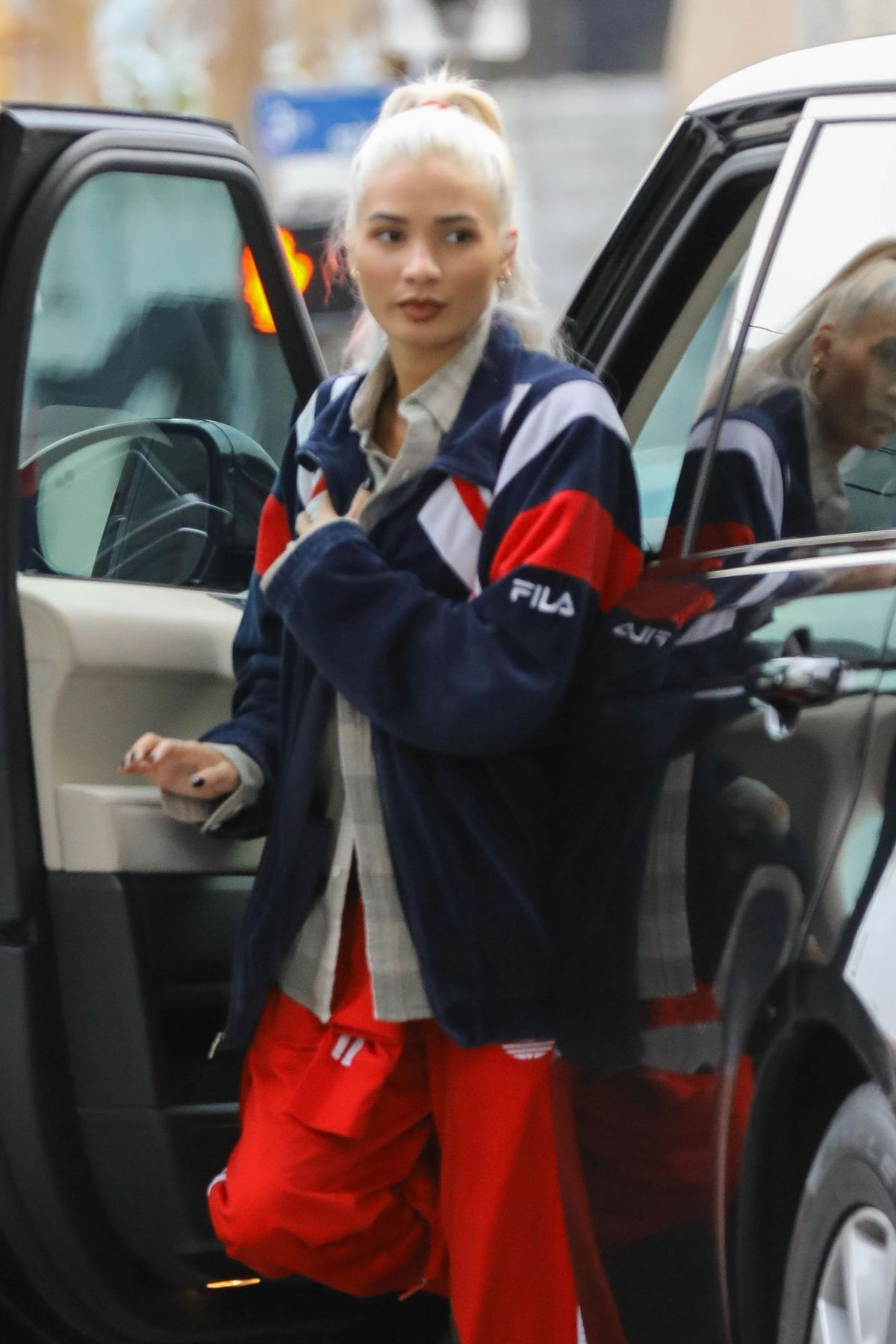 PIA MIA PEREZ at a Gas Station in West Hollywood 01/03/2017