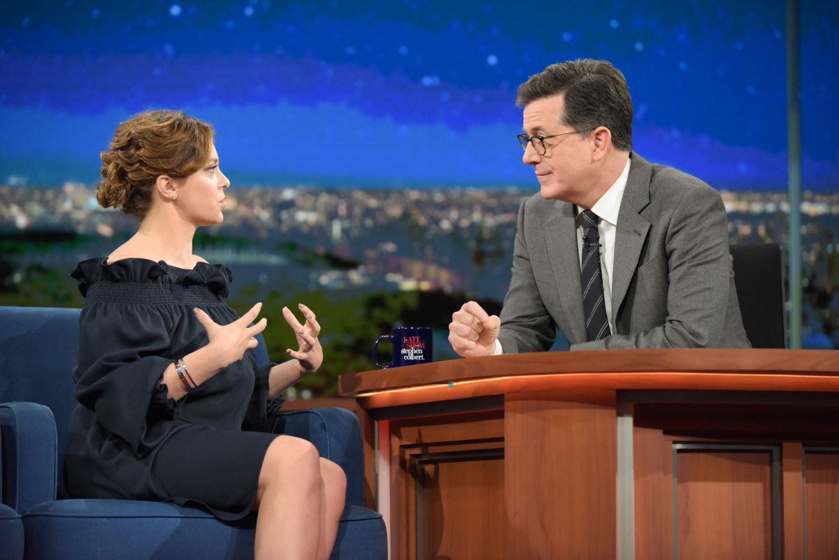 RACHEL BLOOM at Late Show with Stephen Colbert 01/18/2017