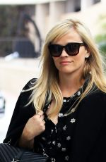 REESE WITHERSPOON Arrives at Her Office in Beverly Hills 01/04/2017