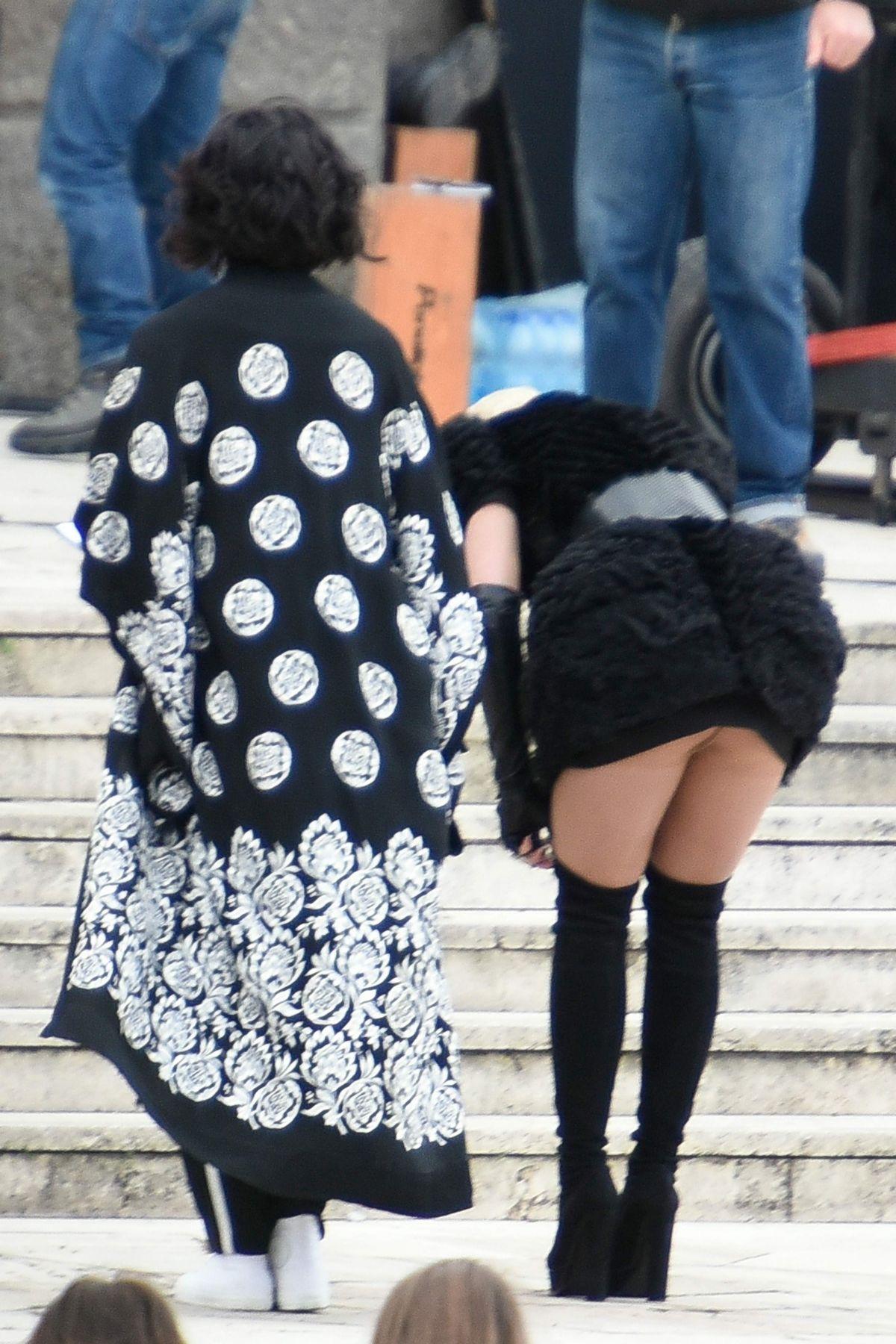 Rita Ora Pussy Upskirt On The Set Of Wonderwell In Rome
