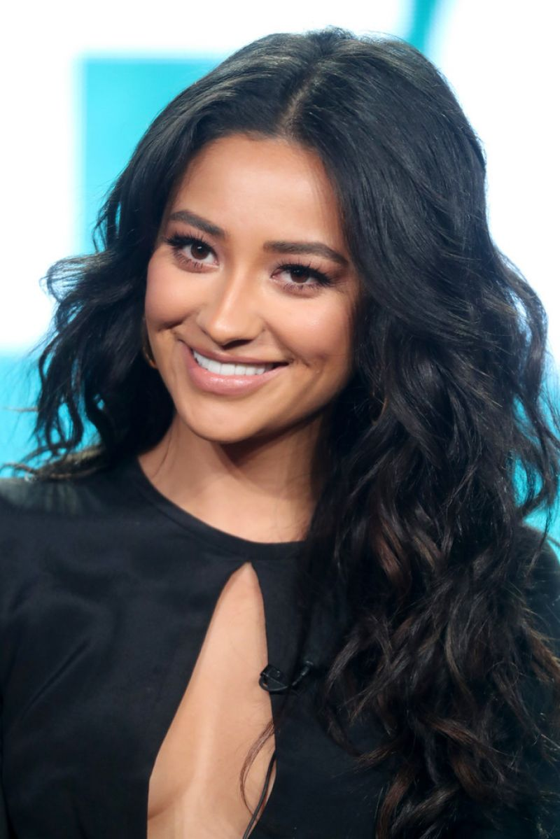 Shay Mitchell At Pretty Little Liars Panel At Winter Tca