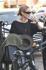 SHERYL CROW Out and Abut in New York 01/25/2017