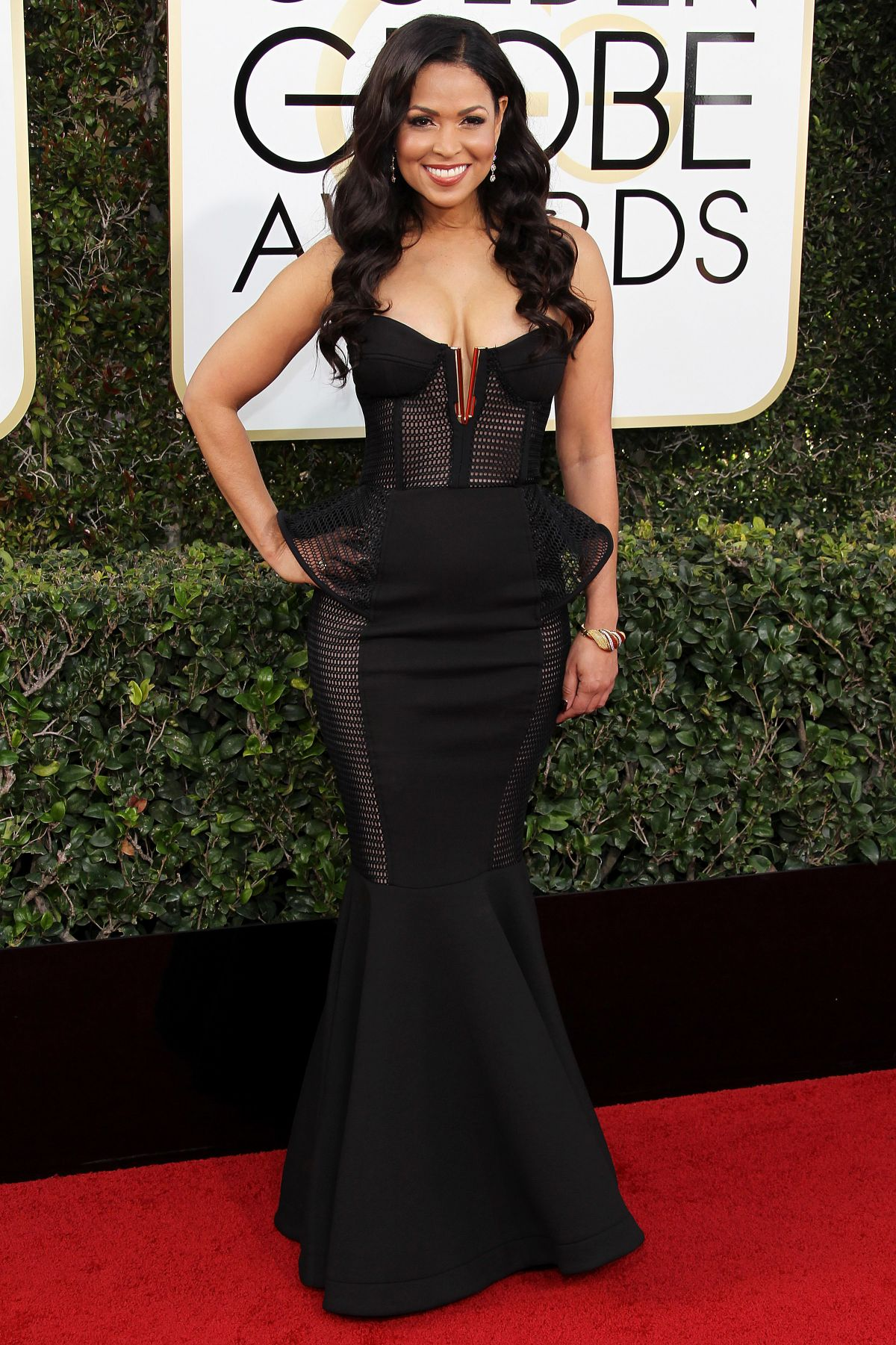 TRACEY EDMONDS at 74th Annual Golden Globe Awards in Beverly Hills 01/08/2017