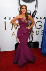 ADRIENNE BAILON ar 48th Naacp Image Awards in Pasadena 02/11/2017