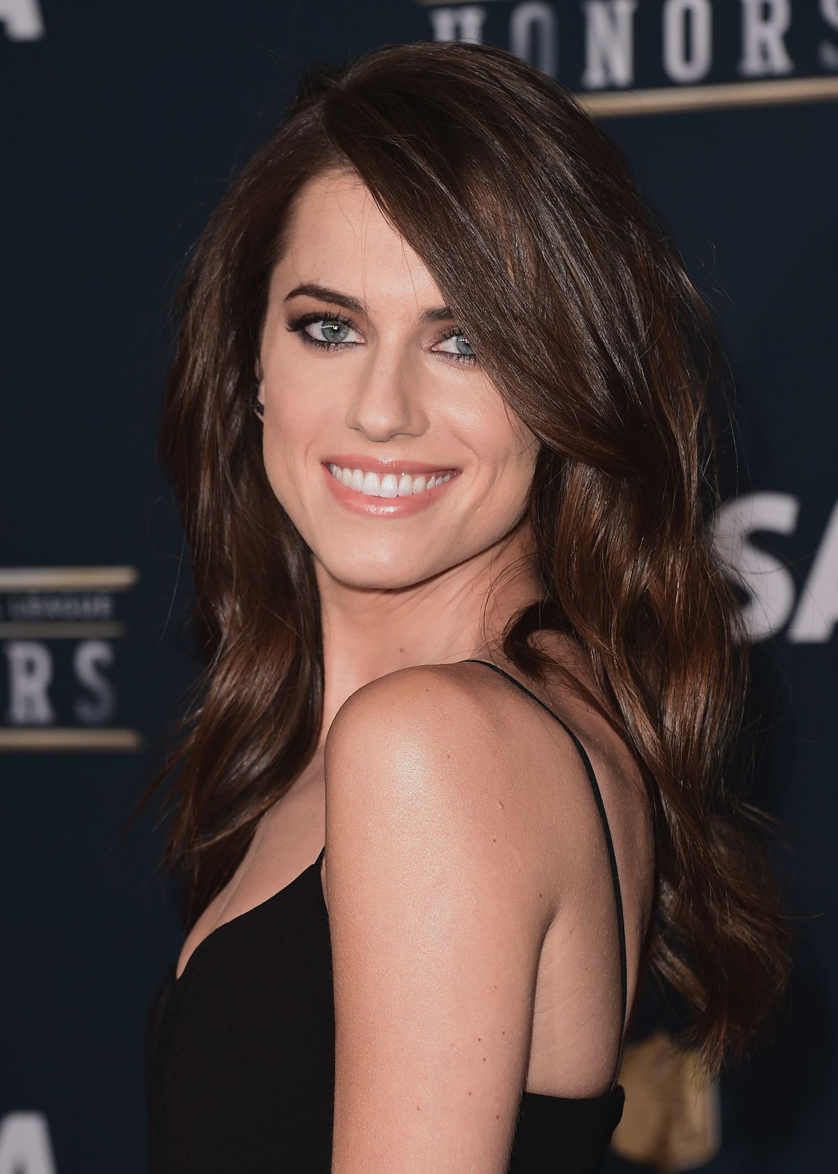 ALLISON WILLIAMS at 6th Annual NFL Honors in Houston 02/04/2017