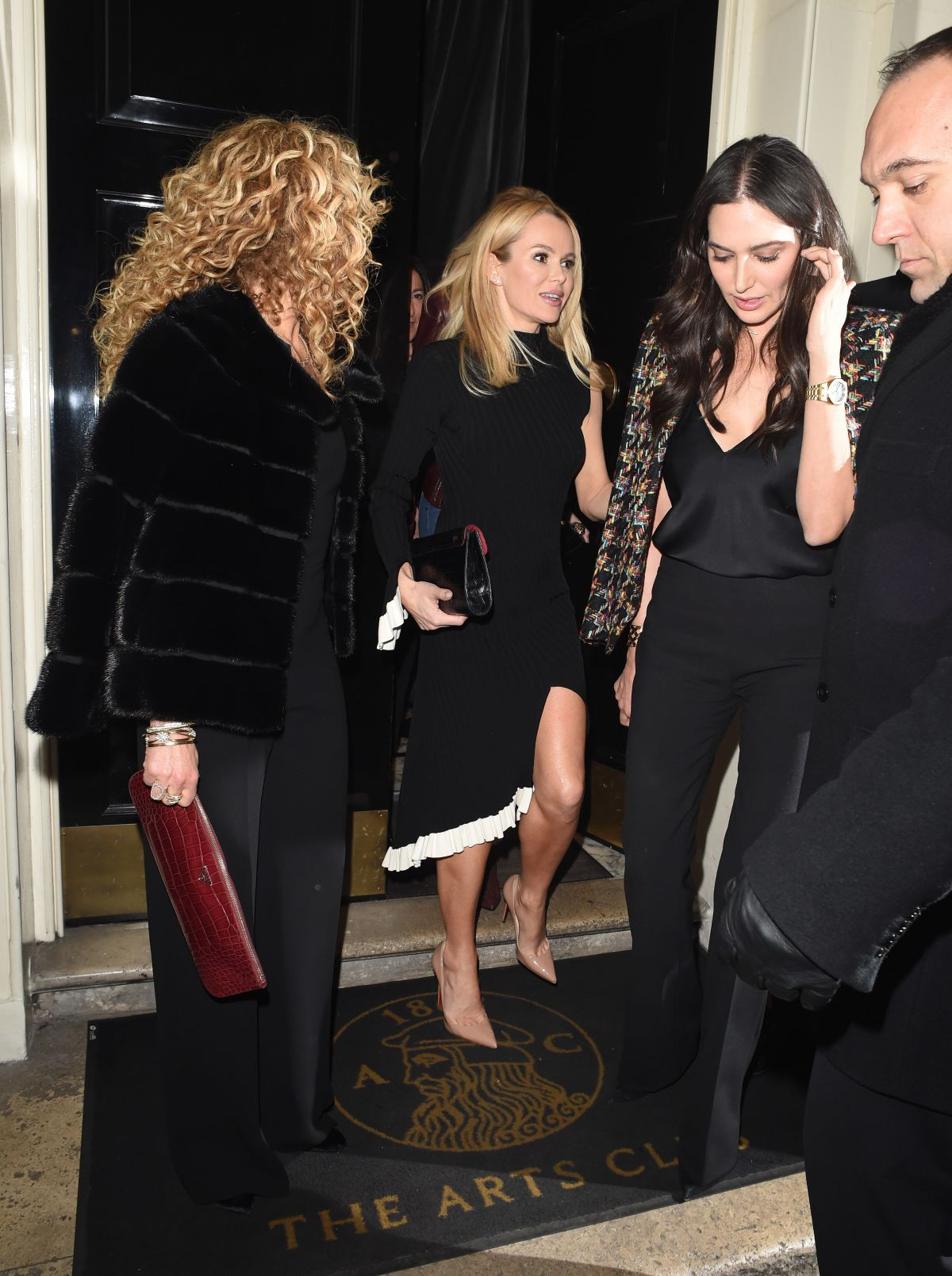 4dcddf46e9650 AMANDA HOLDEN and LAUREN SILVERMAN Night Out in London 02 07 2017