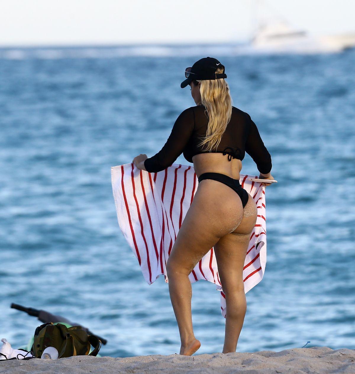 Celebrites Andrea Gaviria nudes (11 photo), Topless, Paparazzi, Feet, underwear 2018