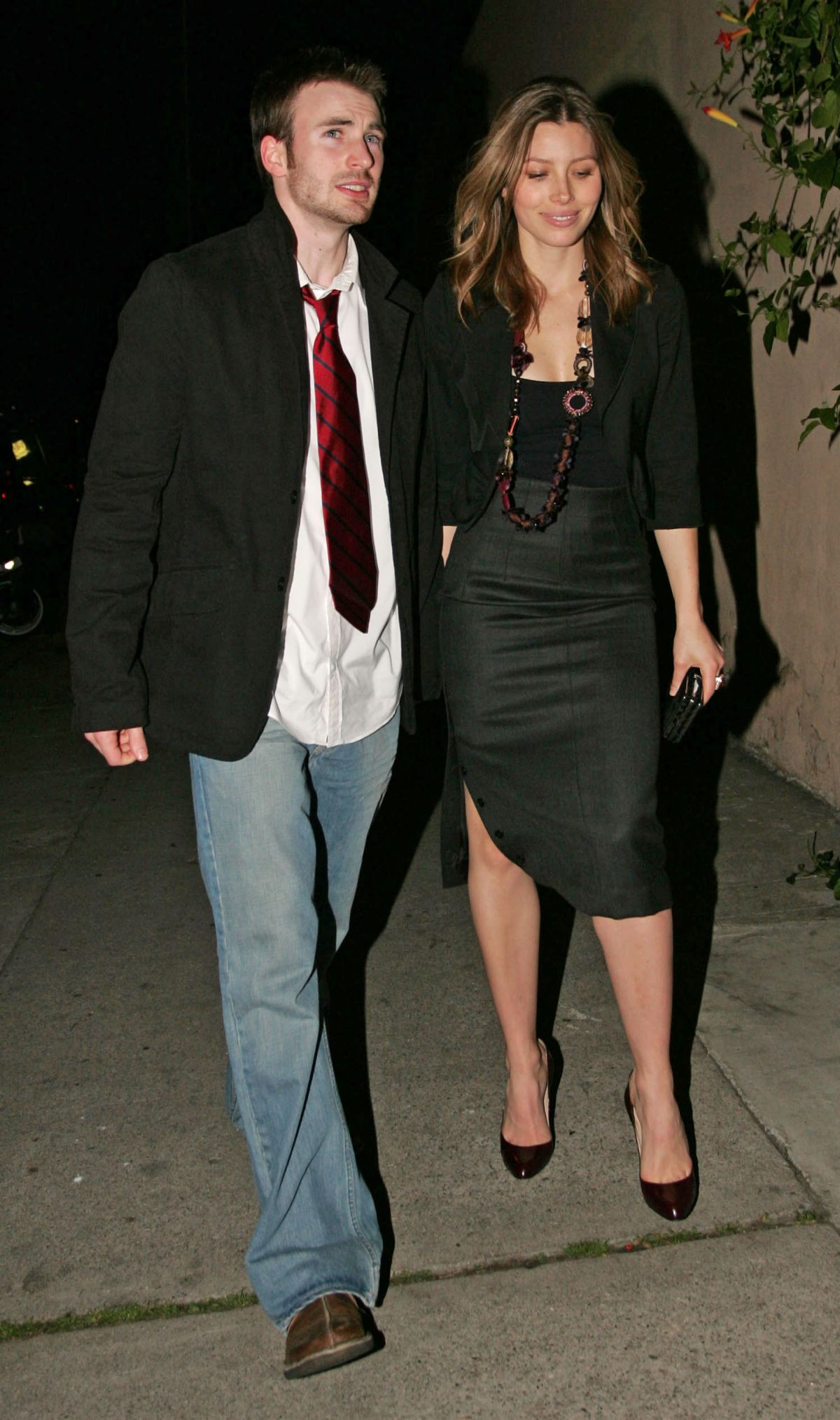 Best from the Past - JESSICA BIEL and Chris Evans at CAA Pre-golden Globes Party in Santa Monica, 01/13/ 2006