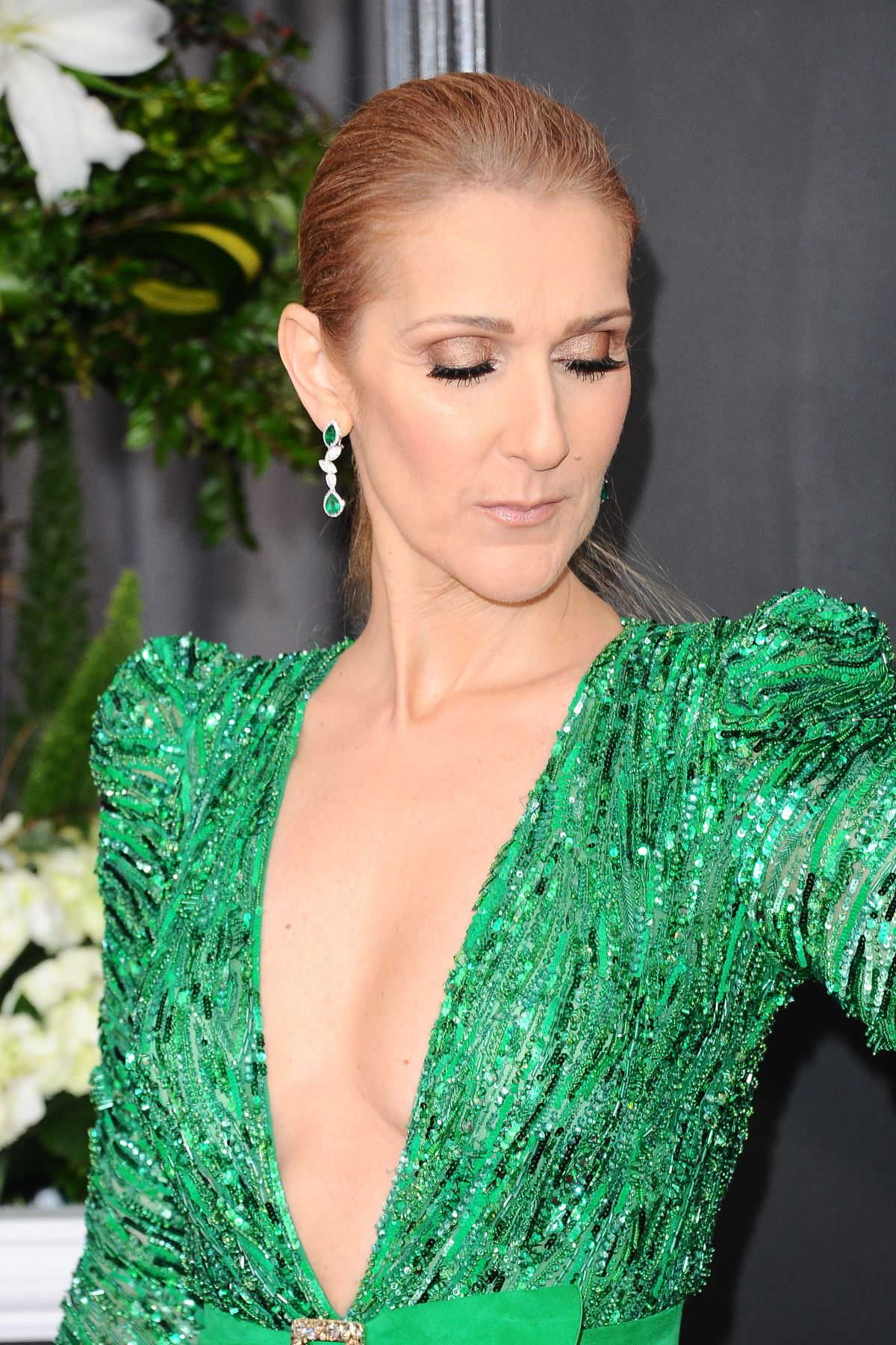 Celine Dion calls out touring agent in financial dispute