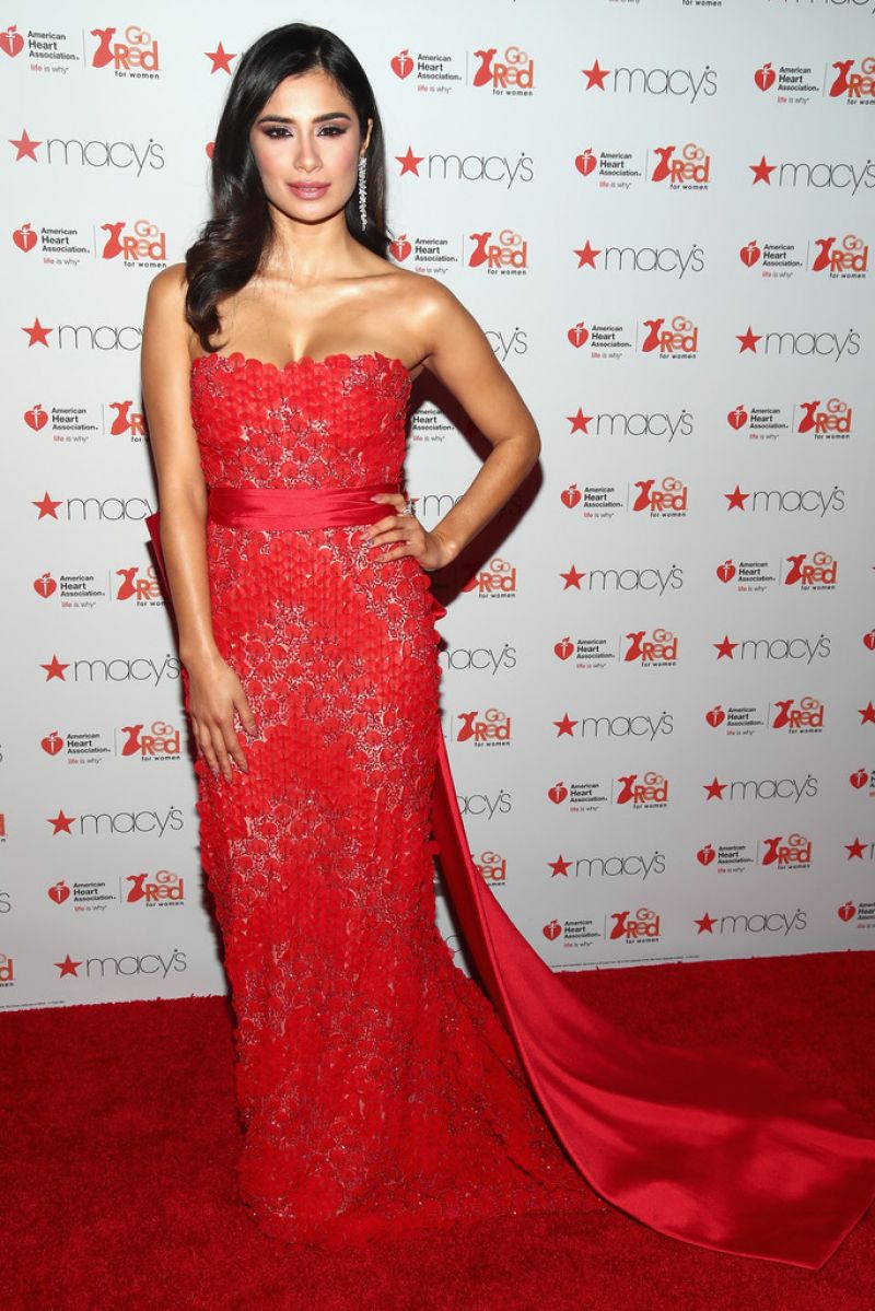 Awesome  Associations Go Red For Women Red Dress Collection 2017 10  GotCeleb