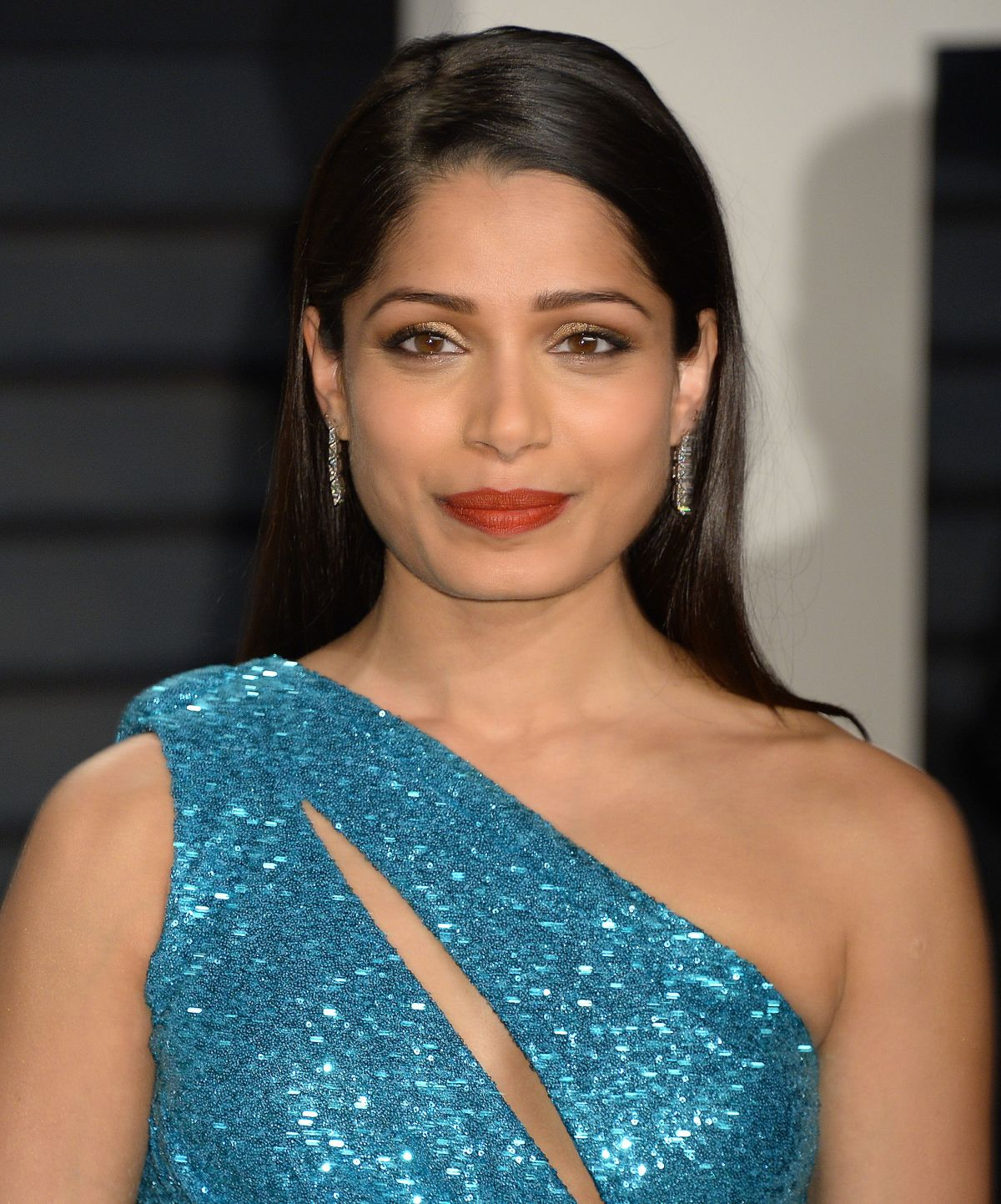 FREIDA PINTO at 2017 Vanity Fair Oscar Party in Beverly ...
