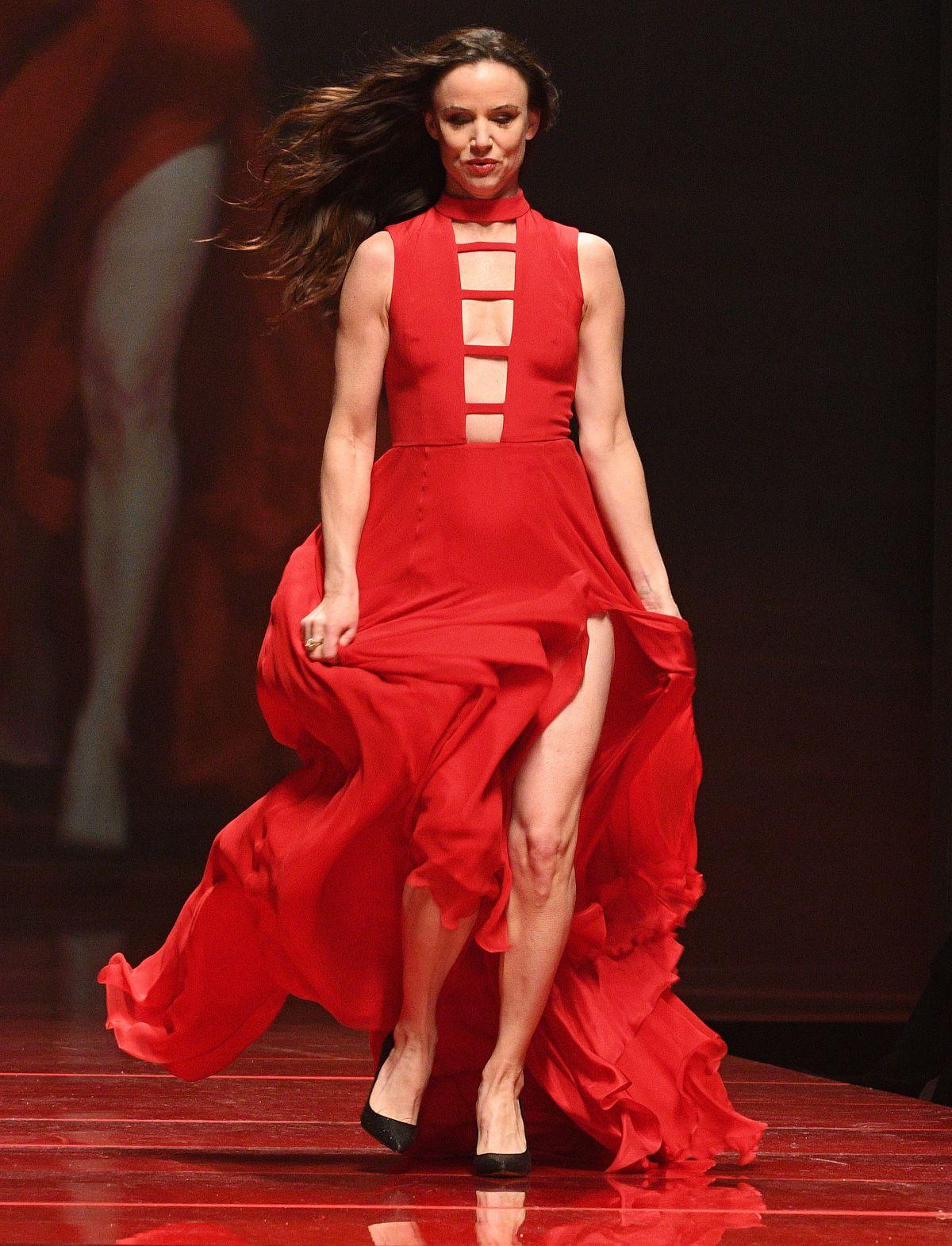 Elegant  Designerlatestpretunstitchedwomendresses20162017collection8