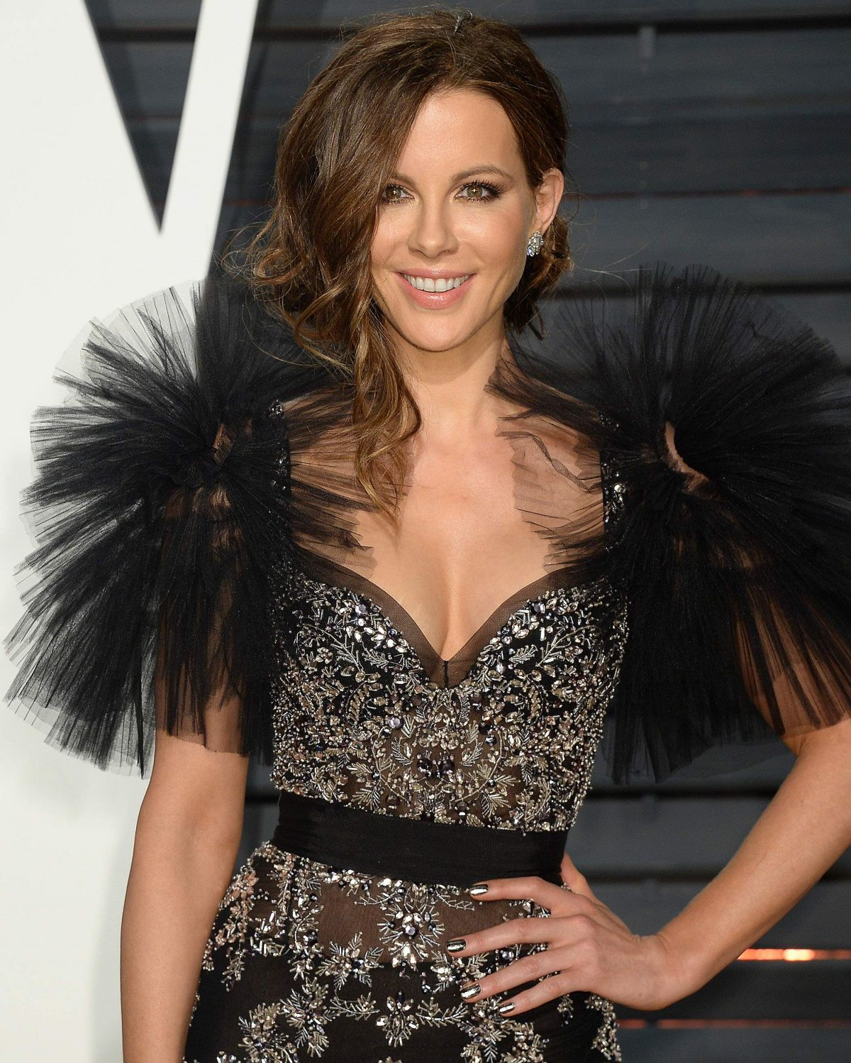 KATE BECKINSALE At 2017 Vanity Fair Oscar Party In Beverly