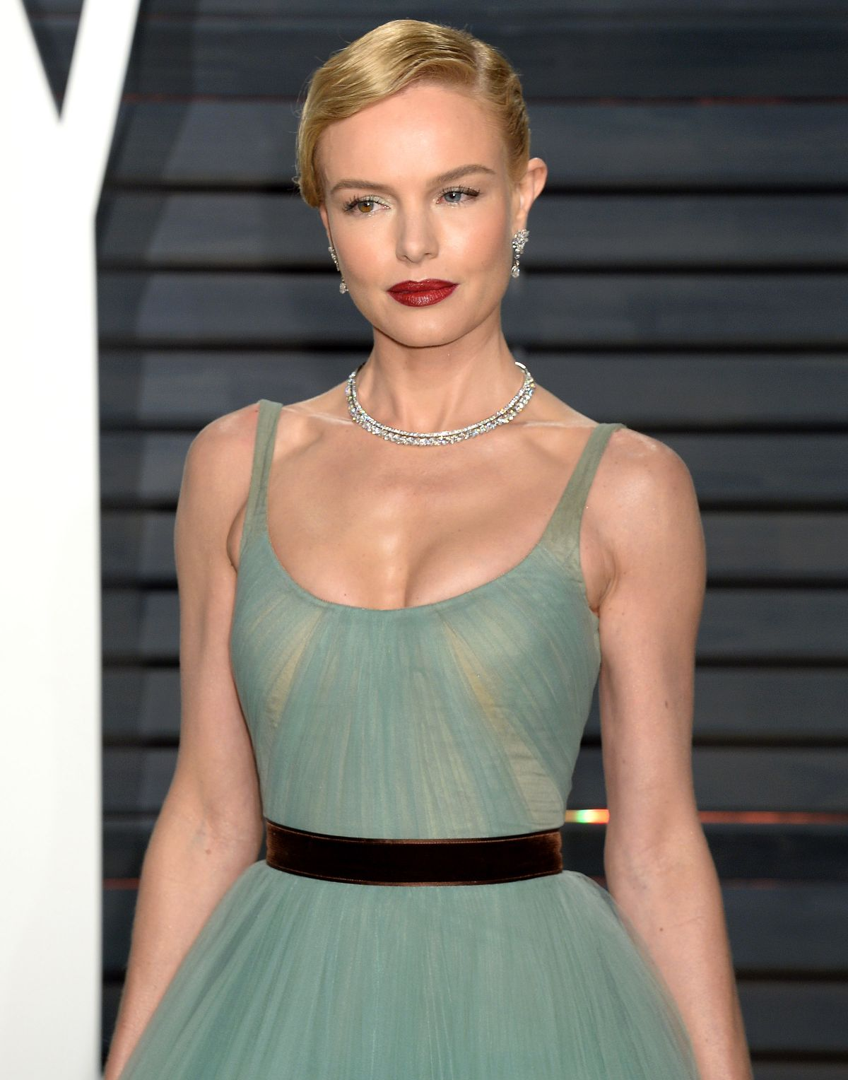 KATE BOSWORTH at 2017 Vanity Fair Oscar Party in Beverly ... Kate Bosworth
